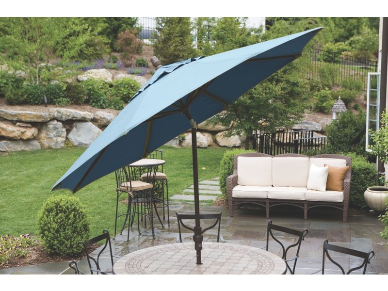 Market Umbrellas $49.95: Attractive and Affordable Market Umbrellas