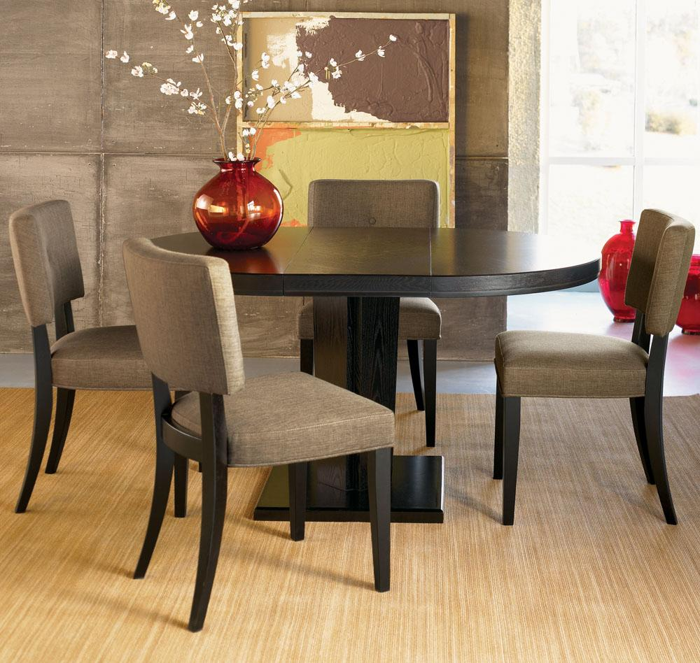 Round kitchen tables afreakatheart for Modern table and chairs
