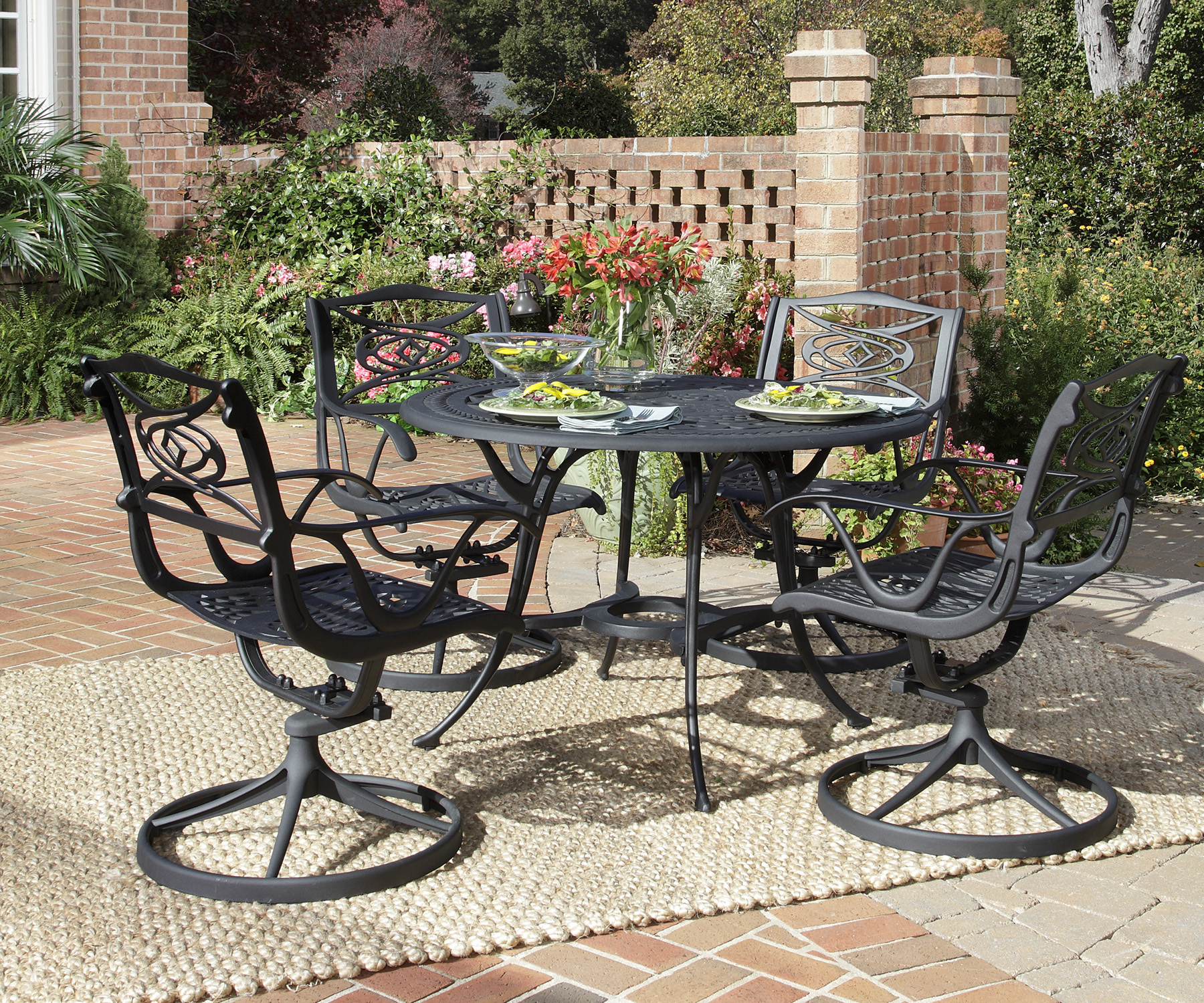 OUTDOOR DINING TABLE CHAIRS | Chair Pads & Cushions