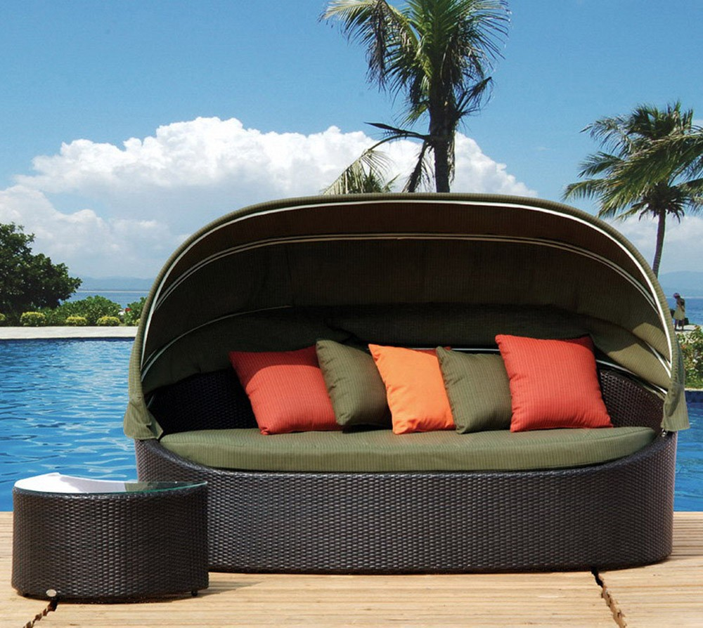 Outdoor Daybed With Canopy Cover | Pottery Barn